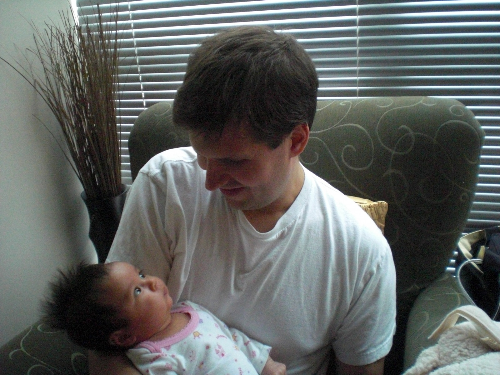 2010: Holding Kaelyn (1 month)