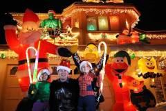 Alek-Komarnitsky-8-Gorilla-Christmas-DenverPost